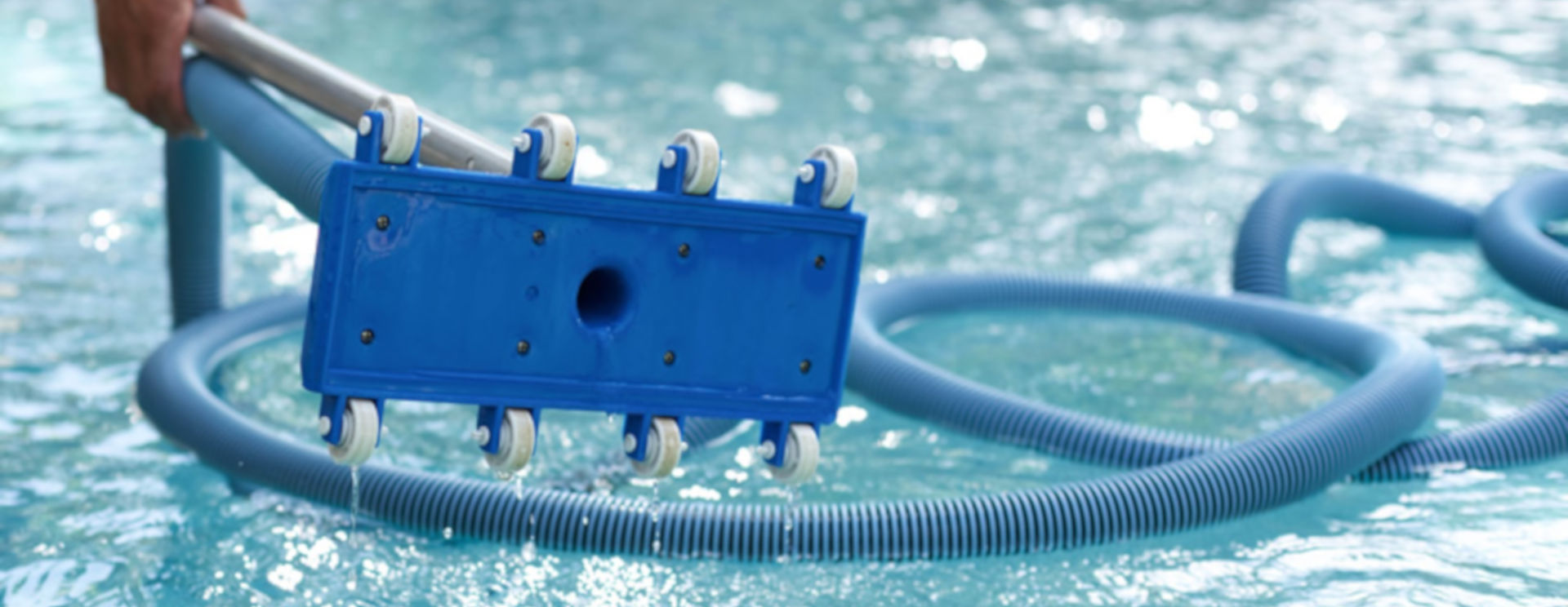 Pool Cleaning Amp Maintenance Services Swimming Pool